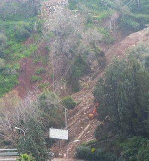 Frana di Costa don Lappio, la Regione revoca il finanziamento al Comune di Taormina