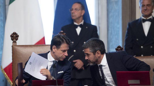 governo, migranti, Giuseppe Conte, Matteo Salvini, Sicilia, Politica