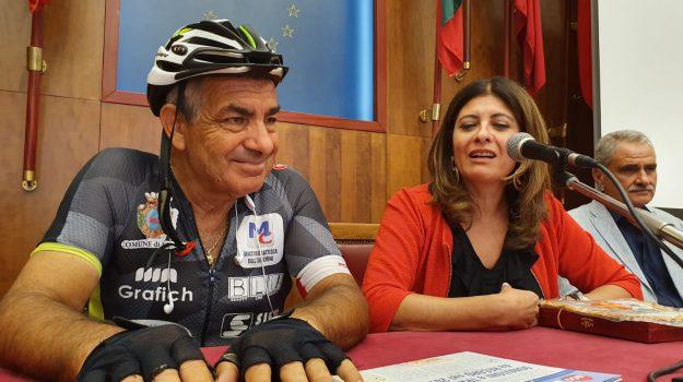 ciclismo Messina, Dono per la vita, tour di ciclismo, Alessandra Calafiore, Giuseppe Iacovelli, Giuseppe Scattareggia, Messina, Sicilia, Società