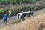 Incidente a Milazzo, perde il controllo dell'auto e precipita in una scarpata
