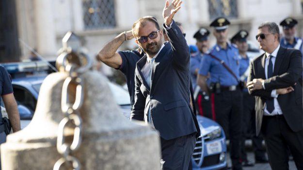 governo, istruzione, manovra, ministro, scuola, Lorenzo Fioramonti, Sicilia, Politica