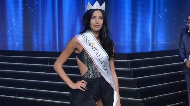 Miss Italia 2019, Carolina Stramare, Sicilia, Società