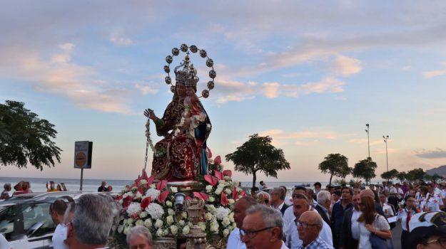 processione roccalumera, don Santino, Messina, Sicilia, Cronaca