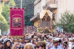 La Madonna della Consolazione, dopo 79 giorni di permanenza al Duomo, rientra all'Eremo