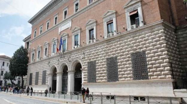 bando tirocinanti giustizia, m5s, Elisa Scutellà, Leonardo Pucci, Sicilia, Economia