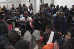 Ocean Viking verso Messina, domani l'approdo: tra i migranti c'è una bimba di 8 giorni