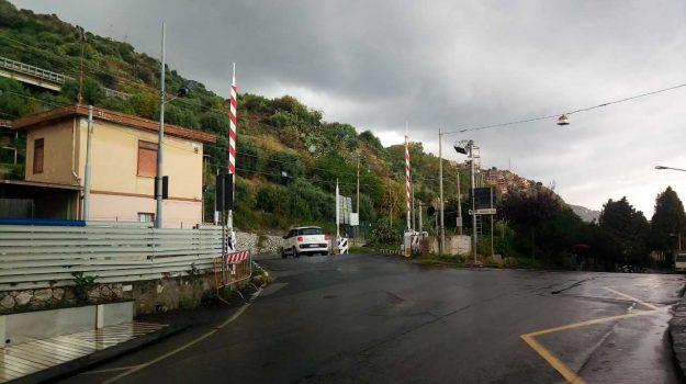 incidente Letojanni, passaggio a livello Letojanni, Messina, Sicilia, Cronaca