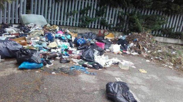 discarica Rende, emergenza rifiuti Cosenza, Reggio, Calabria, Cronaca