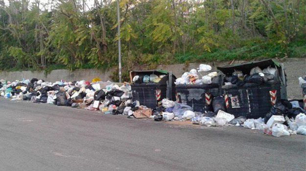 rifiuti reggio calabria, sciopero, Reggio, Calabria, Economia