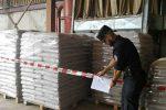 Producevano pellet senza autorizzazioni, due denunce a Mongrassano: sequestrato un opificio