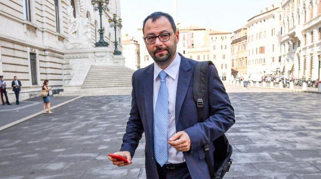 coronavirus, fase 2, Stefano Patuanelli, Sicilia, Economia
