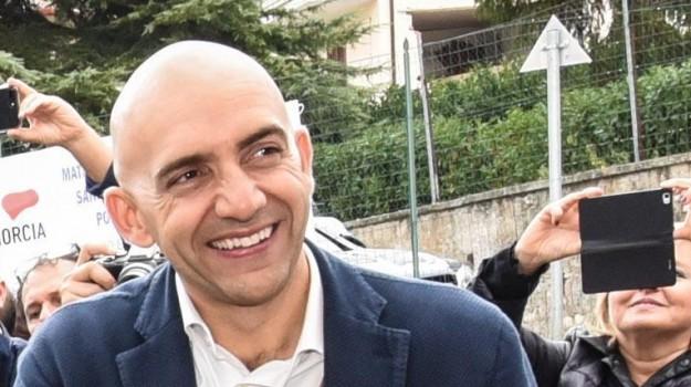 elezioni, movimento 5 stelle, pd, regionali, Luigi Di Maio, Nicola Zingaretti, Vincenzo Bianconi, Sicilia, Politica