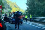 Auto ribaltata sull'autostrada Messina-Catania, traffico rallentato