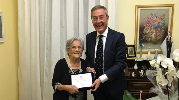 centenari, gela, Maria Bruno, Sicilia, Società