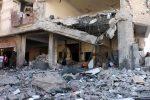 Raid in Yemen, colpito un carcere: almeno 100 morti