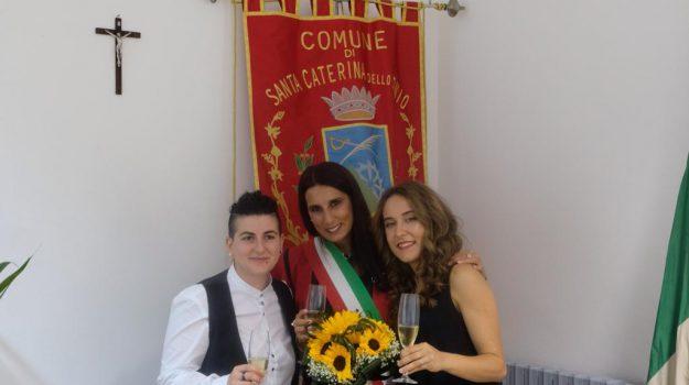 santa caterina sullo jonio, unione civile, Caterina Varano, Ylenia Veraldi, Catanzaro, Calabria, Cronaca