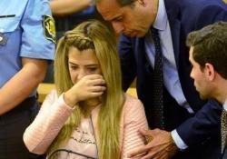 Argentina, evira il marito con le cesoie: 13 anni di carcere Una giuria di Cordoba ha giudicato Brenda Barattini, 28 anni, colpevole di tentato omicidio - CorriereTV