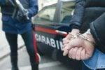 Minaccia e tenta di investire il padre della ex convivente, arrestato 46enne di Capizzi