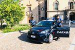 Picchiano due residenti: arrestati due catanesi in vacanza a Lipari