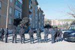 Intimidazioni a chi non si piega, in periferia di Catanzaro case popolari nel caos