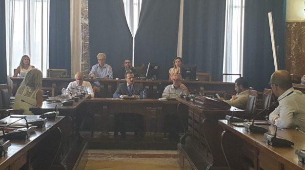 baratto amministrativo, Cateno De Luca, Messina, Sicilia, Politica