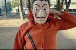 Un video musicale per Messina, svelato il mistero di De Luca in maschera