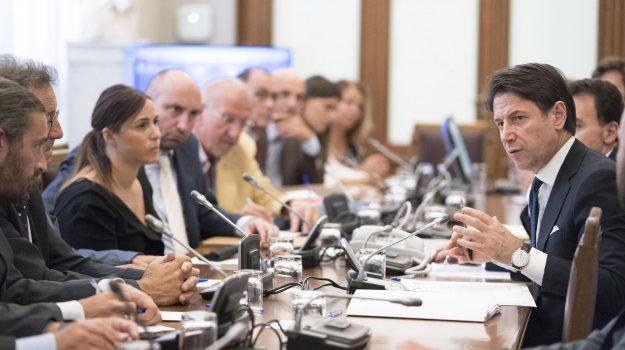 governo, m5s, pd, piattaforma Rousseau, programma governo, Giuseppe Conte, Sicilia, Politica