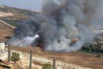 Hezbollah lancia missili, Israele risponde: cresce l'allarme