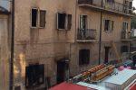 Incendio a Bisignano, fiamme in un edificio in centro