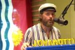 Jovanotti lancia «Prima che diventi giorno», il singolo che unisce il funk degli anni '70 e il soul