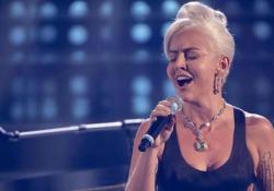 Lady Gaga incanta Tale e Quale Show, l'esibizione di Lidia Schillaci conquista pubblico e giuria La cantante siciliana trionfa nella prima puntata del programma sulle note del brano «Shallow», la canzone vincitrice dell'ultima edizione degli Oscar - Corriere Tv