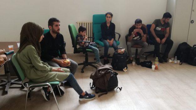 migranti, Catanzaro, Calabria, Cronaca