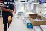 Dai ristoranti con cibo avariato ai falsi dentisti, controlli e denunce in provincia di Reggio
