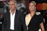 Paolo Bonolis e la moglie Sonia Bruganelli alla Mostra del cinema di Venezia
