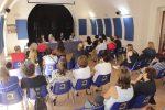 Scuola a Lamezia, le mamme dei bimbi disabili: mancano gli assistenti, siamo discriminati