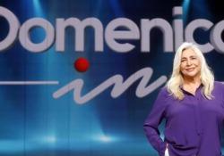 Rai, Venier torna a Domenica In: «Il pubblico mi vuole, sono una di loro» La conduttrice nuovamente alla guida della 44esima edizione del programma di intrattenimento pomeridiano - Ansa