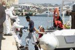 Migranti, sbarchi dalla Eleonore e Mare Jonio scatenano l'ira di Salvini