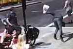 Scene di ordinaria follia a Londra: ciclista dà una testata al passante