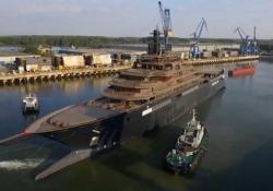 Varato lo yacht più grande del mondo: ecco a cosa servirà L'imbarcazione, commissionata da un miliardario norvegese, sarà la nave da ricerca più grande del mondo - CorriereTV