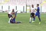 I giallorossi Coralli e Bruno in azione in Acr Messina-Marsala 0-0 (foto Rocco Papandrea)