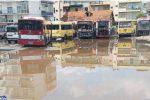 Si abbattono le baracche all'Atam di Reggio, serve spazio per i nuovi autobus