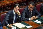Caos Manovra, scontro nel governo su cuneo fiscale e tetto al contante: gelo tra Di Maio e Conte