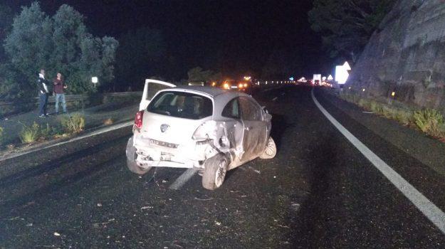autostrada a20, giostra, incidente, Messina, Sicilia, Cronaca