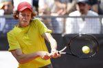 Tennis, Sinner non si ferma più: esordio positivo anche a Vienna