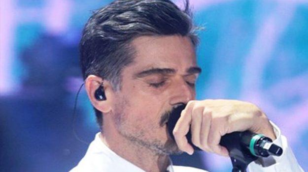 amici celebrities, tv, Massimiliano Varrese, Sicilia, Società