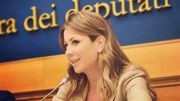 baraccopoli, messina, Matilde Siracusano, Messina, Sicilia, Politica