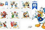 Gli 8 francobolli italiani emessi per celebrare gli 85 anni di Donald Duck, in Italia Paperino, in una foto diffusa il 30 ottobre 2019.ANSA/ UFFICIO STAMPA ++HO - NO SALES EDITORIAL USE ONLY++