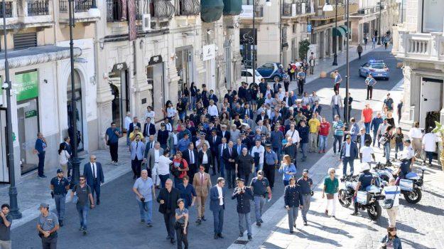 A Reggio una passeggiata antiracket per le vie del centro - Foto