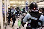 La polizia spara a Hong Kong, grave uno dei manifestanti