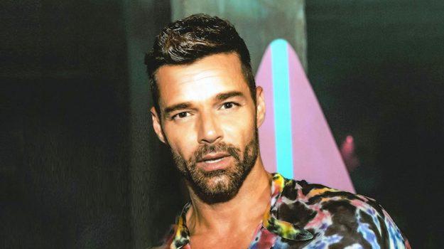 gossip, Ricky Martin, Sicilia, Società